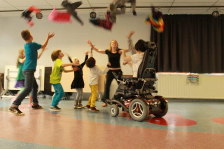 Activité Feldenkrais avec enfants - Isabelle Calmant